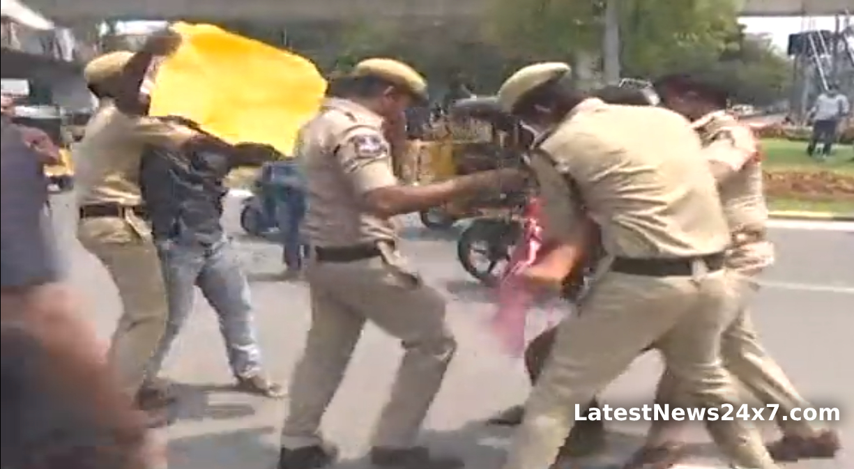 OU students, JAC, ABVP dharna at Assembly