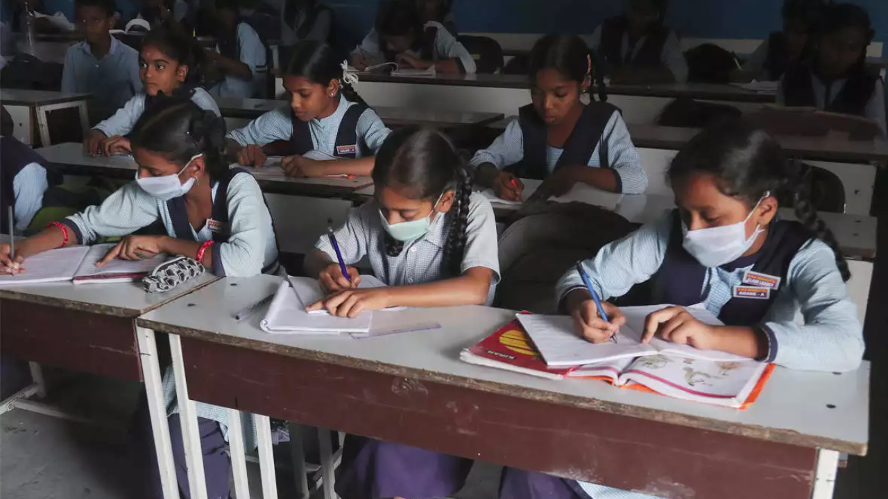 telangana goovernment decision over students promotions without exams