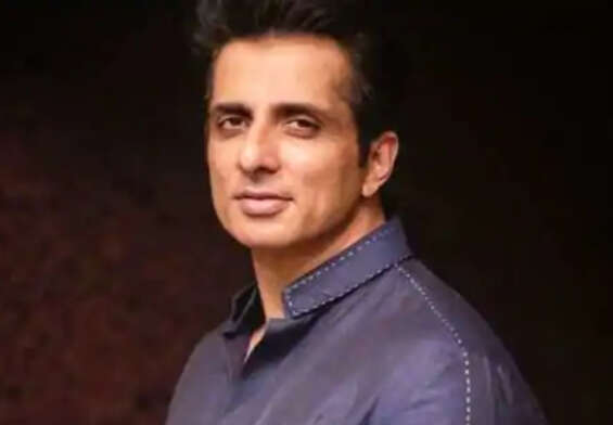 Sonu Sood bringing oxygen plant from France ..!