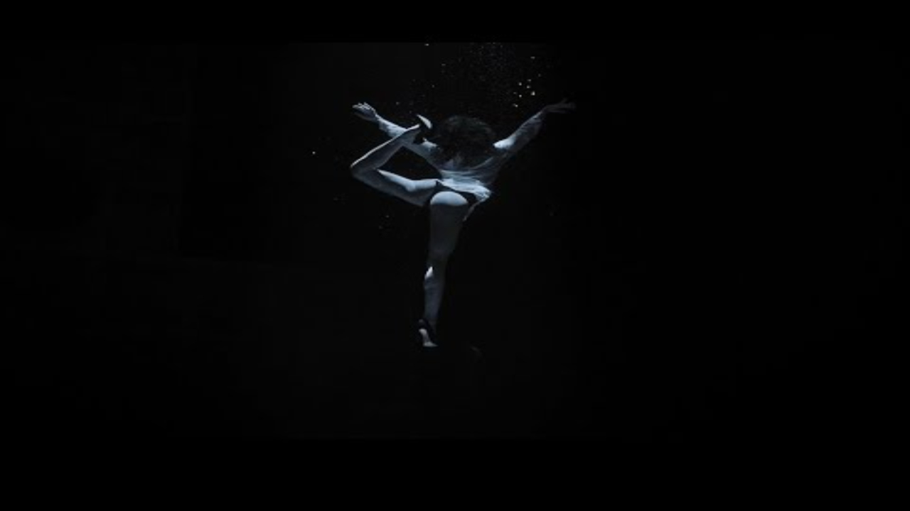 """""""Ariadna Hafeez"""" dancing underwater for a 3 minute video"""