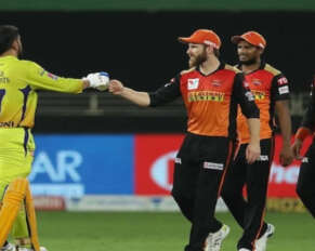 Is David Warner responsible for SRH match defeat?