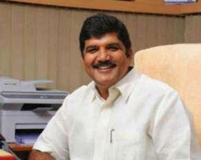covid positive for former TDP MLA Dhulipalla Narendra Kumar.