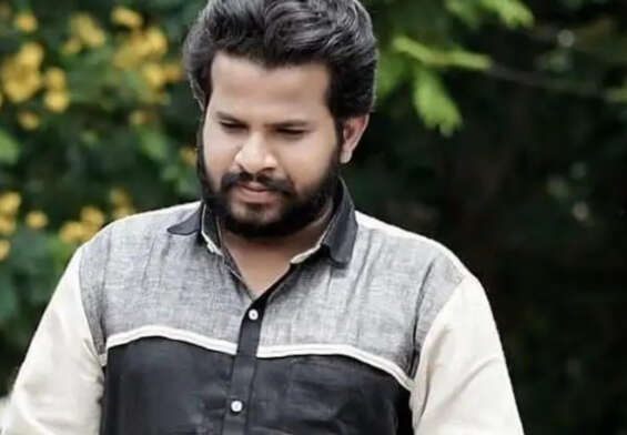 Hyper Aadi apologizes over Batukamma controversy