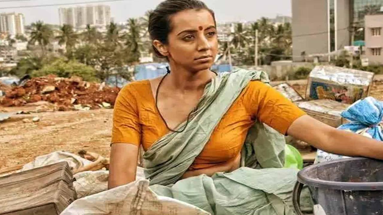Bujjigadu heroine in Mirzapur style movie ..!