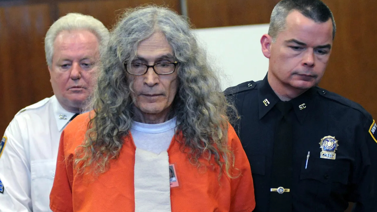 'Dating Game Killer' Rodney James Alcala, reportedly killed up to 130 people. he dies in US